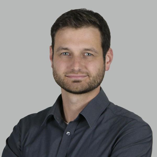 Portraitbild Malte von Pentz 600x600px | Elutec OHG